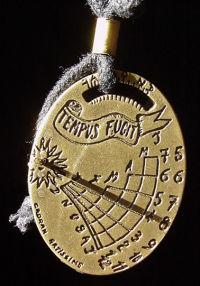 Relógio de Sol como pendente